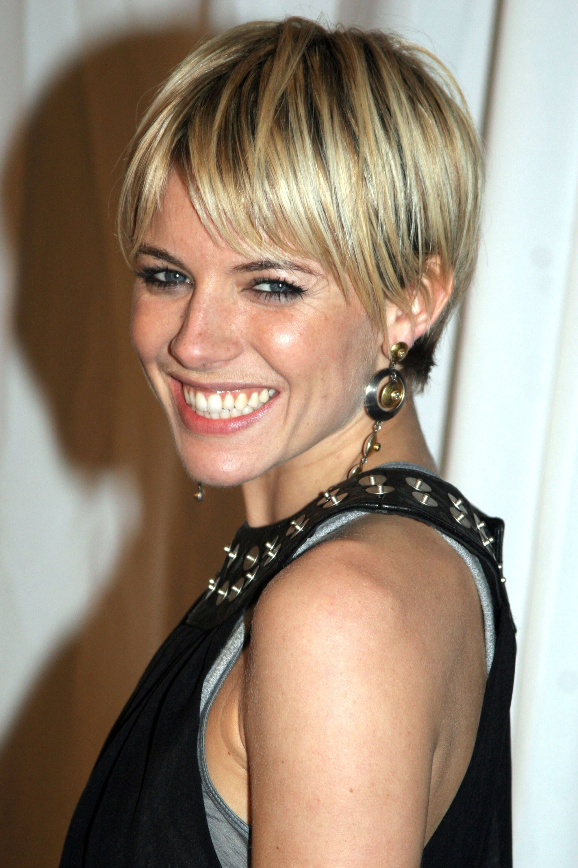 40+ Pixie Cuts We Love For 2018 – Short Pixie Hairstyles From Within Most Current Ladies Pixie Hairstyles (View 5 of 15)