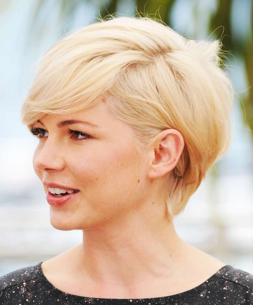 Displaying Gallery Of Pixie Hairstyles For Diamond Shaped Face View