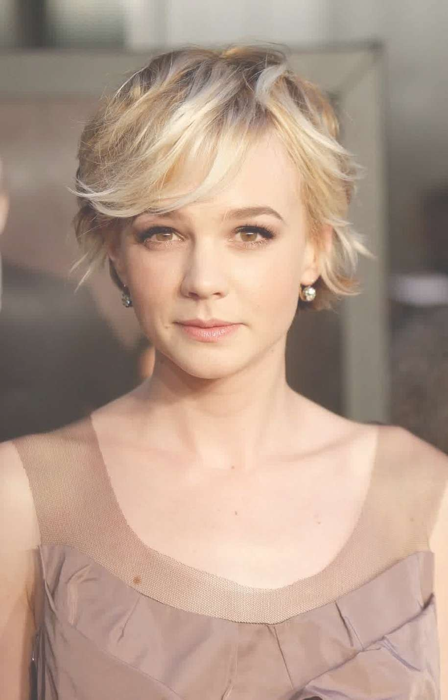 Celebrity Hairstyles: Carey Mulligan Pixie Cut Trend Hairstyles In Newest Actress Pixie Hairstyles (View 7 of 15)