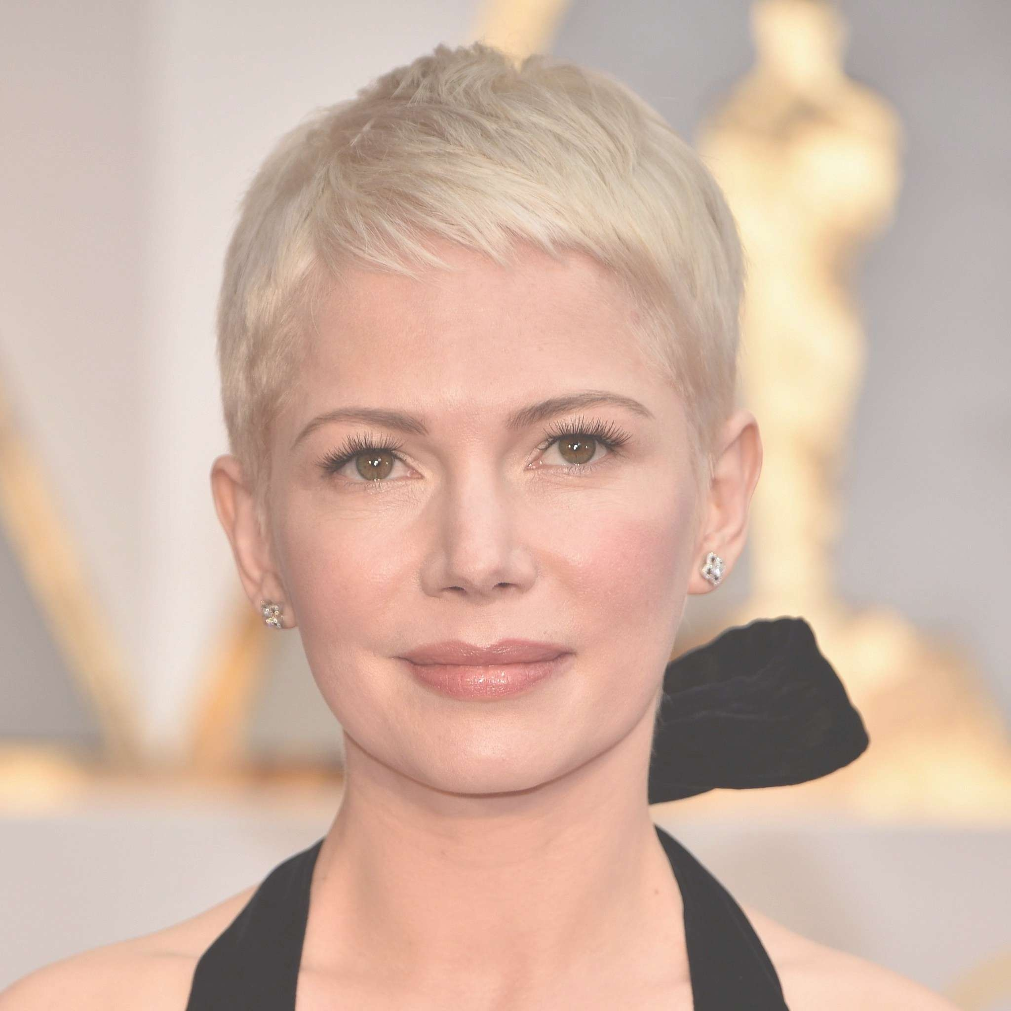 Celebrity Short Pixie Haircuts At 2017 Oscars | Popsugar Celebrity Within Most Popular Actresses With Pixie Hairstyles (View 10 of 15)