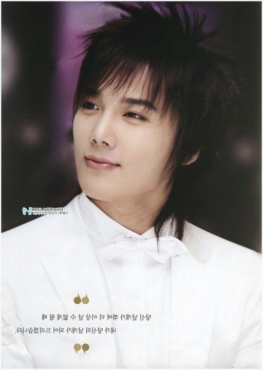 Cute & Popular Korean Hairstyles For Men & Boys – Hairstyles Throughout Recent Korean Shaggy Hairstyles (View 14 of 15)