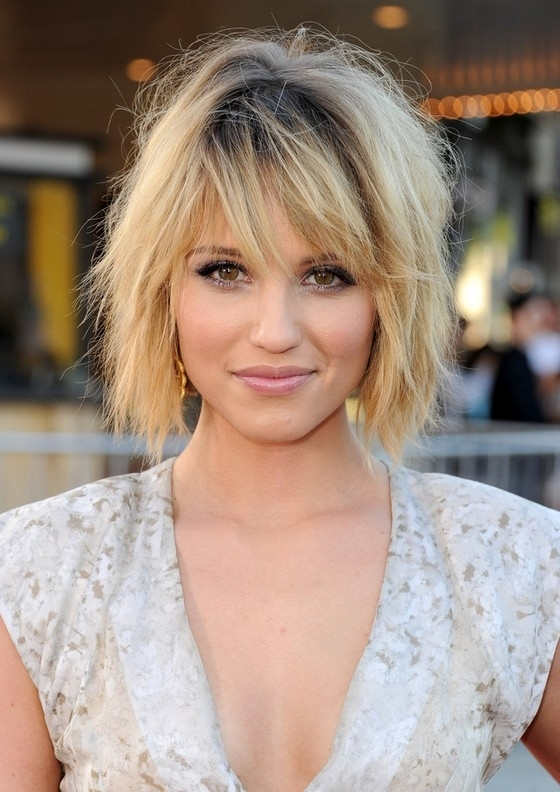Dianna Agron Tousled Black To Blonde Ombre Shaggy Bob Hairstyle With Regard To Most Current Blonde Shaggy Hairstyles (View 6 of 15)