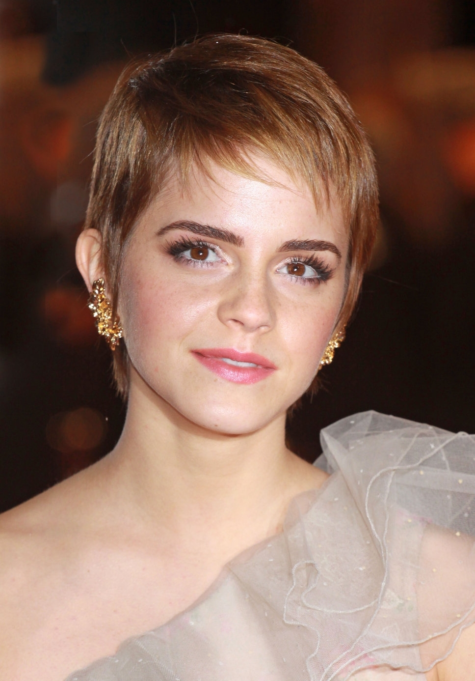 Emma Watson Soft Pixie Hair Cut With Wispy Bangs – Women Hairstyles Within Latest Soft Pixie Hairstyles (View 8 of 15)