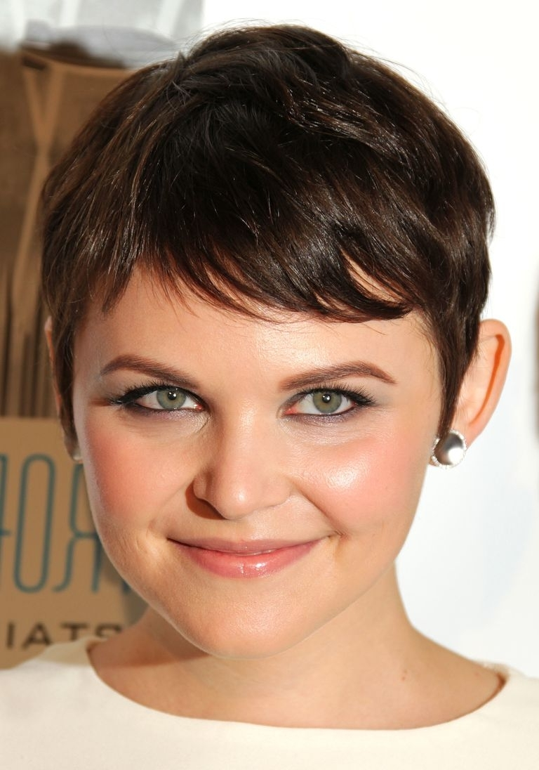 Flattering Hairstyles For Heart Shaped Faces With Most Recently Pixie Hairstyles For Heart Shaped Faces (View 2 of 15)