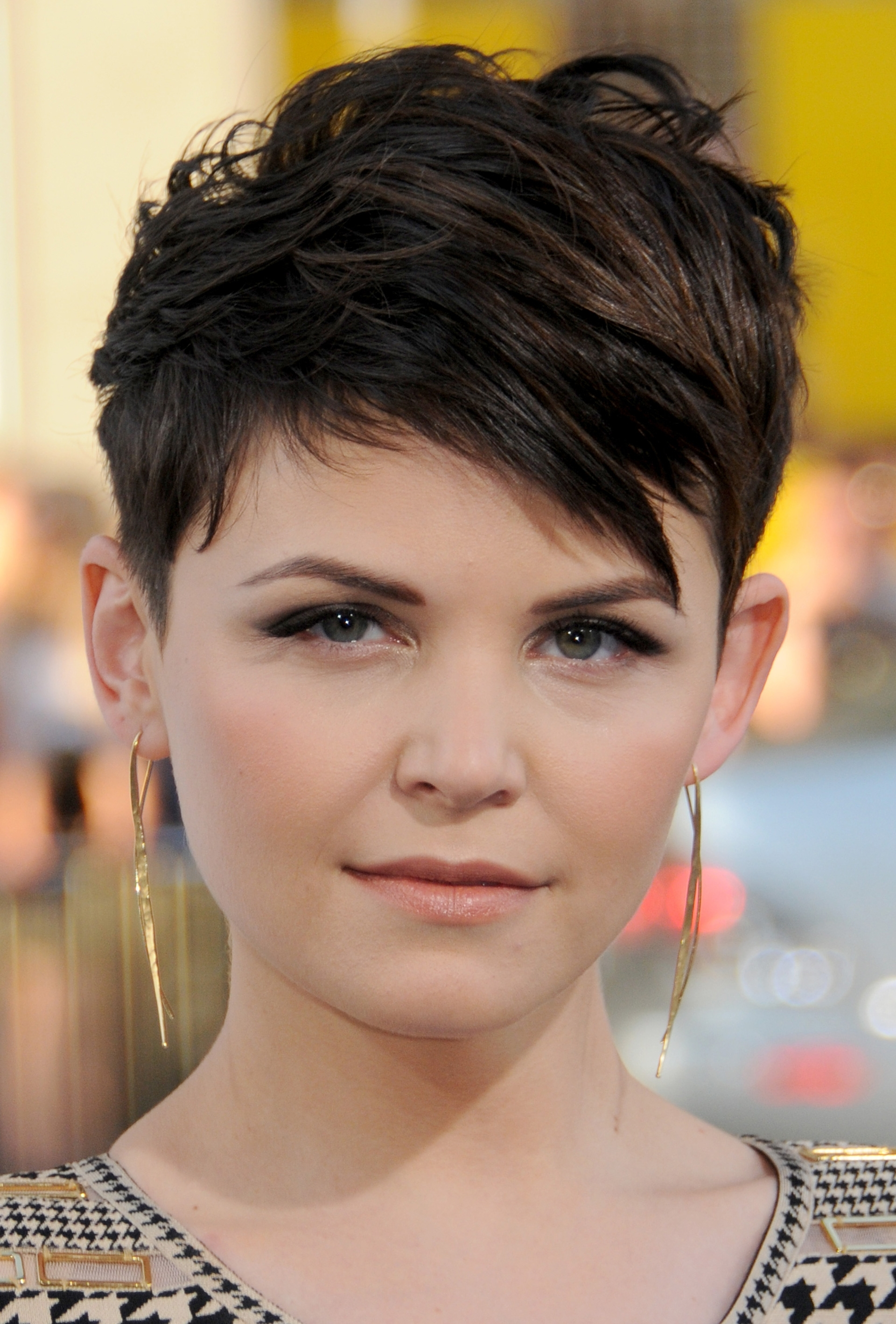 Ginnifer Goodwin Short Pixie Hairstyle – Pixie Haircuts For Short Regarding 2018 Pixie Hairstyles With Long On Top (Gallery 14 of 15)