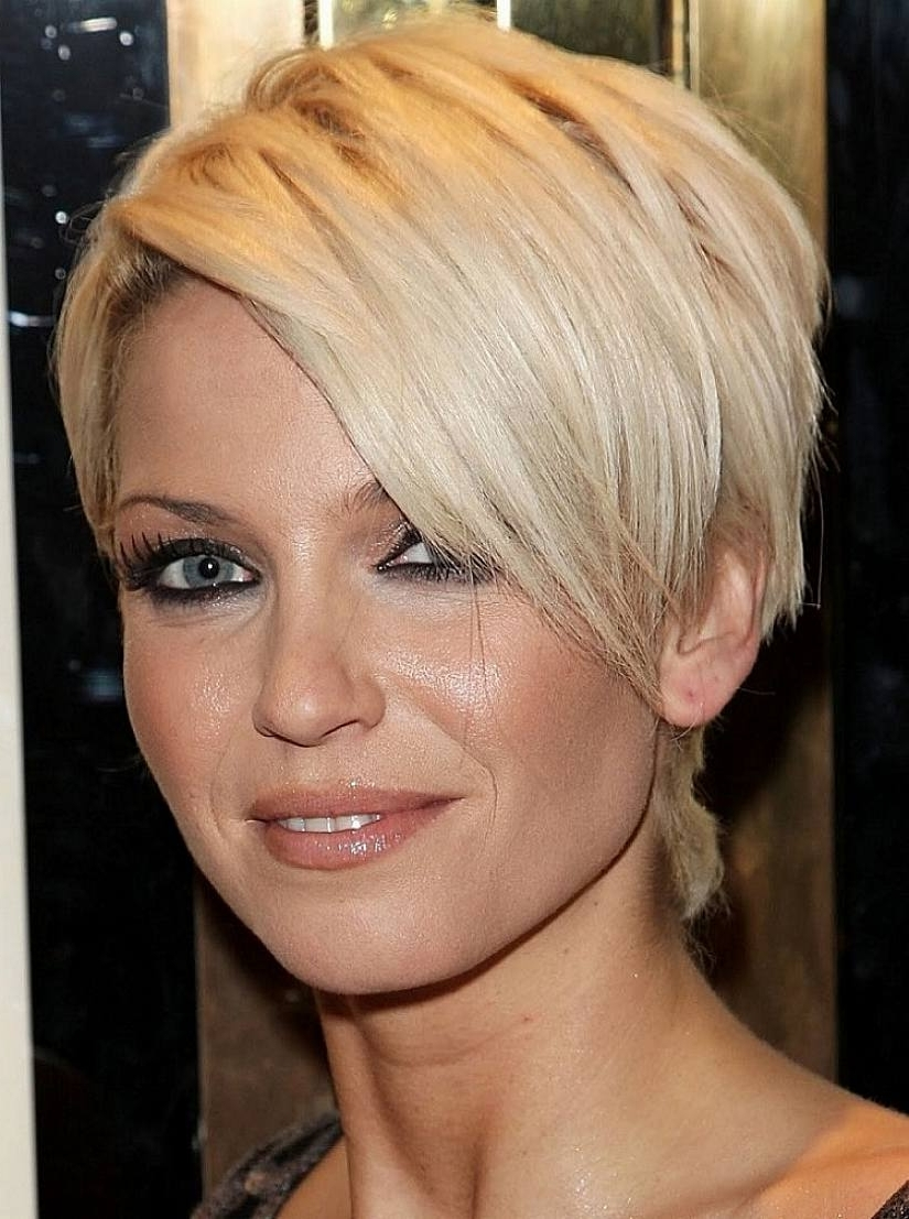 Hair For Oval Chubby Face Throughout Recent Pixie Hairstyles With Long Layers (View 10 of 15)