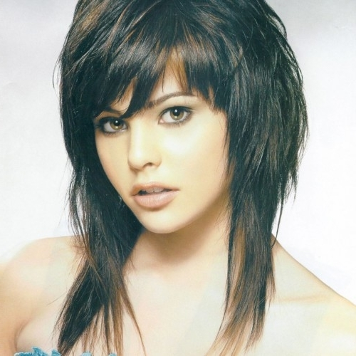 Featured Photo of Long Shaggy Hairstyles For Round Faces