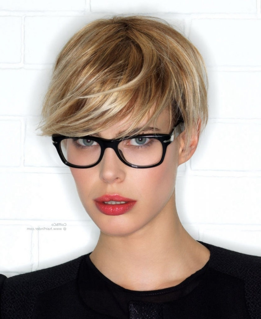 Featured Photo of Pixie Hairstyles With Glasses