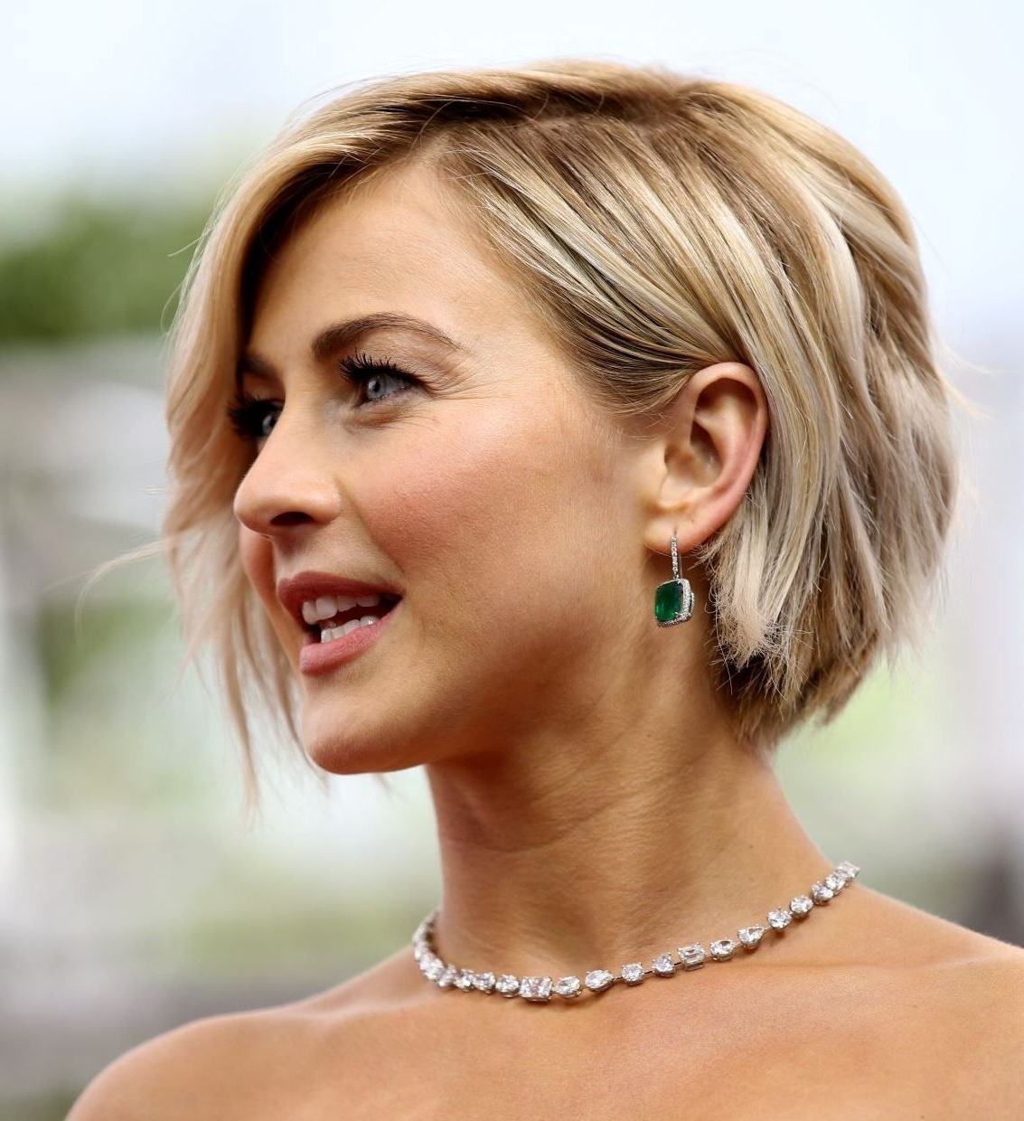 Showing Photos of Julianne Hough Pixie Hairstyles (View 2 of 16 Photos)