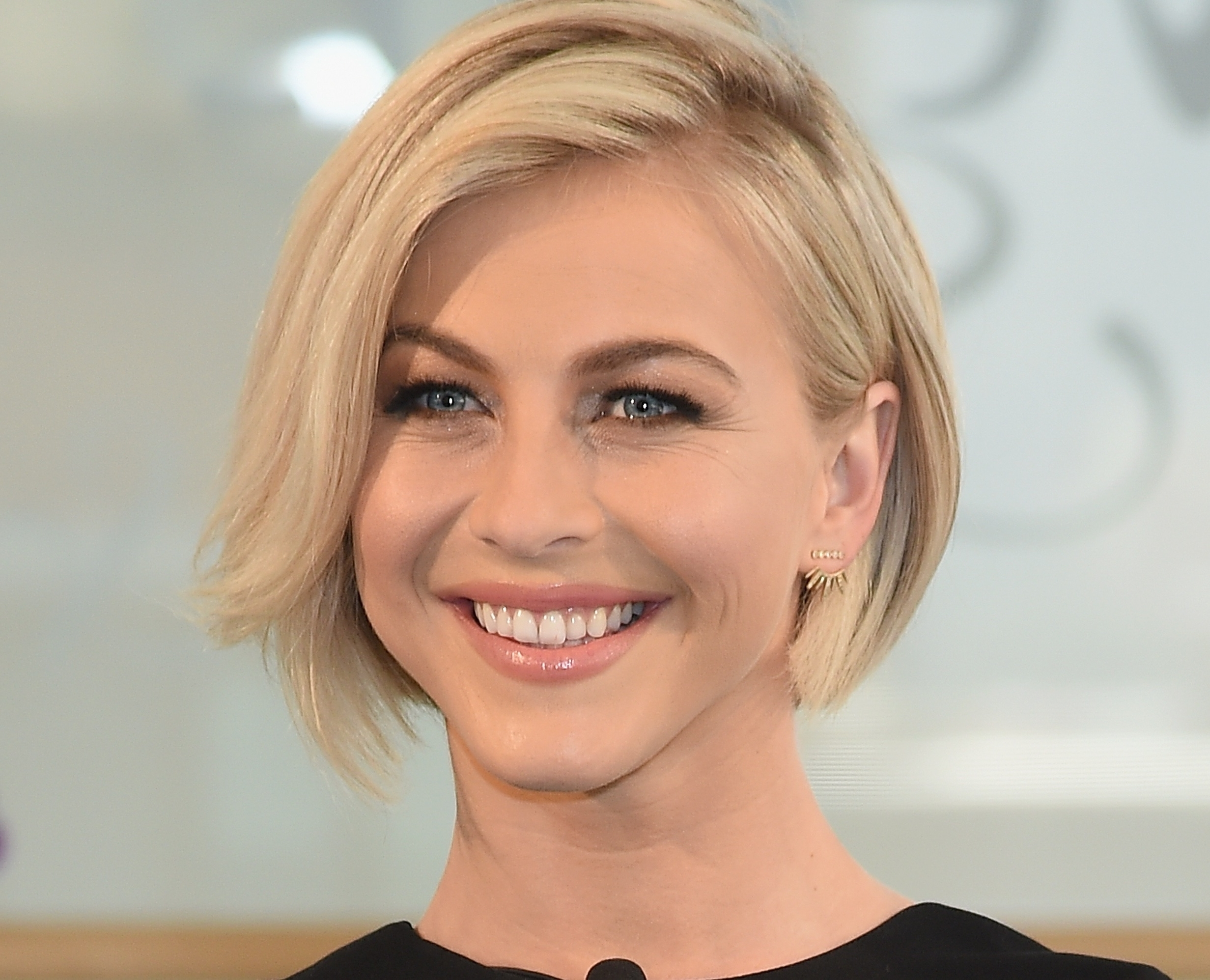 Julianne Hough Hair Dirty Grandpa - Google Search | Hair Styles with regard to 2018 Julianne Hough Pixie Hairstyles