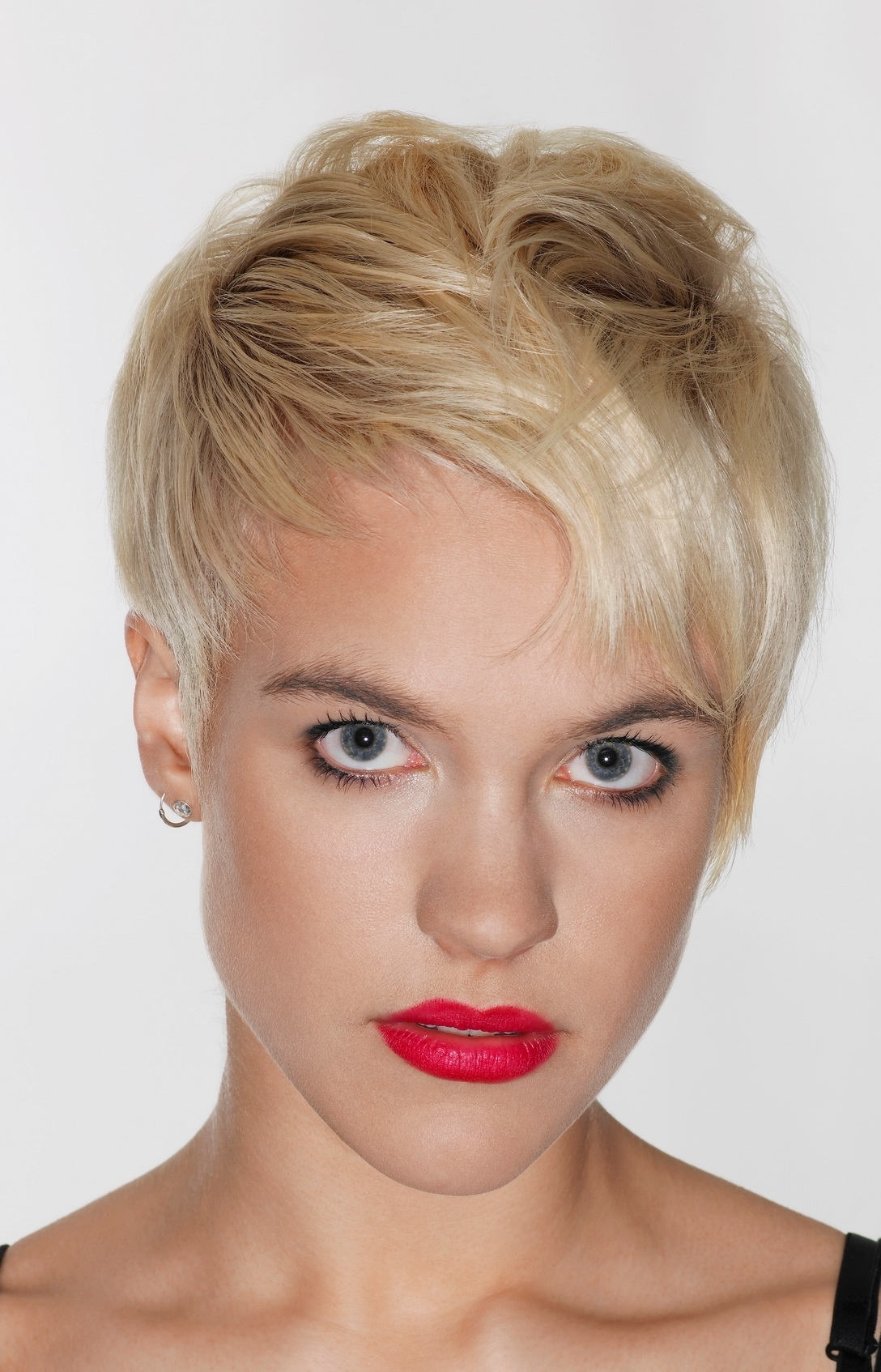 Layered Pixie Haircut For Inverted Triangle And Heart Faces 2018 For Best And Newest Pixie Hairstyles For Heart Shaped Face (View 9 of 15)