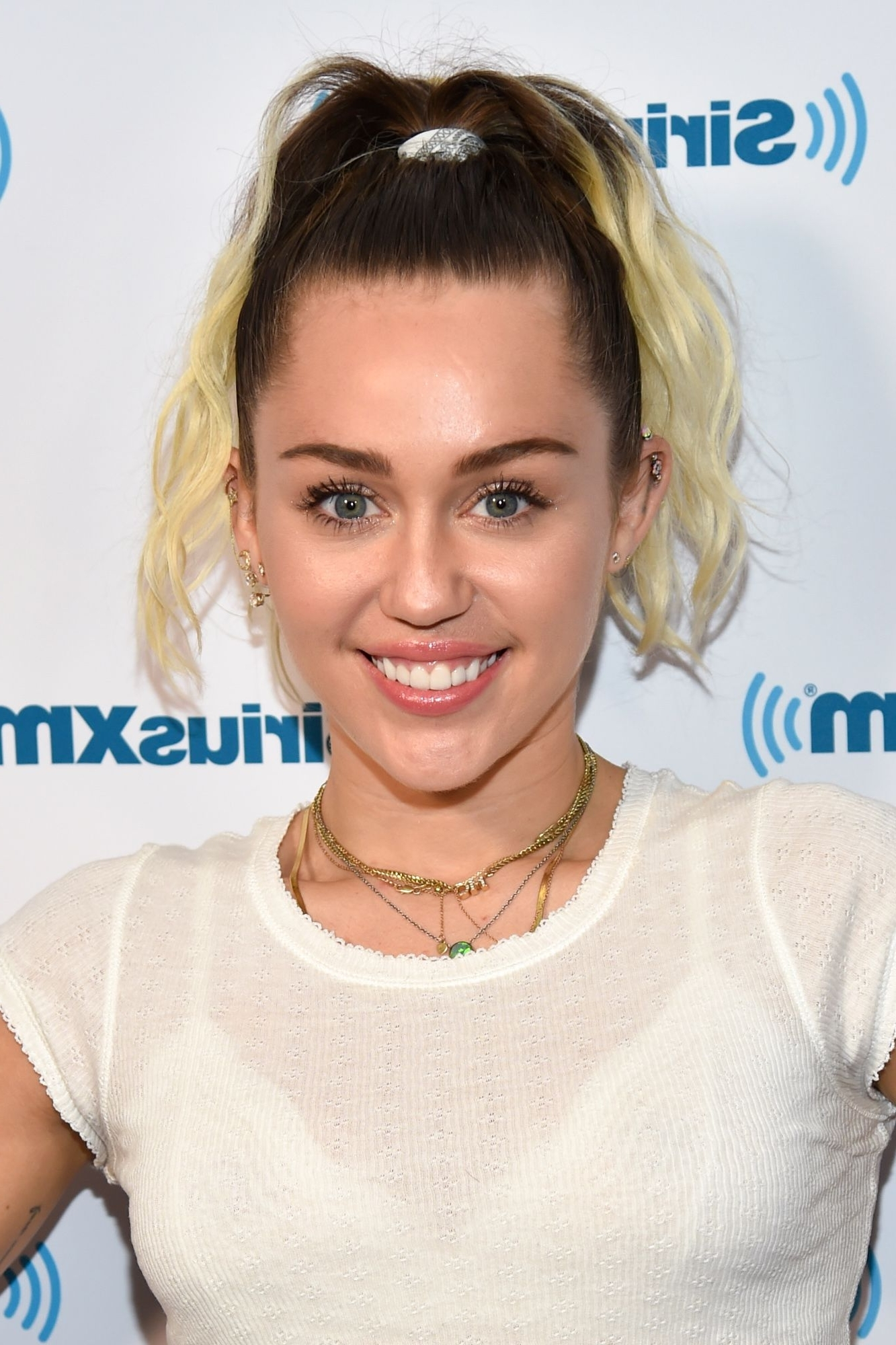 Miley Cyrus' Best Hairstyles Of All Time – 66 Miley Cyrus Hair With Latest Miley Cyrus Pixie Hairstyles (View 14 of 15)