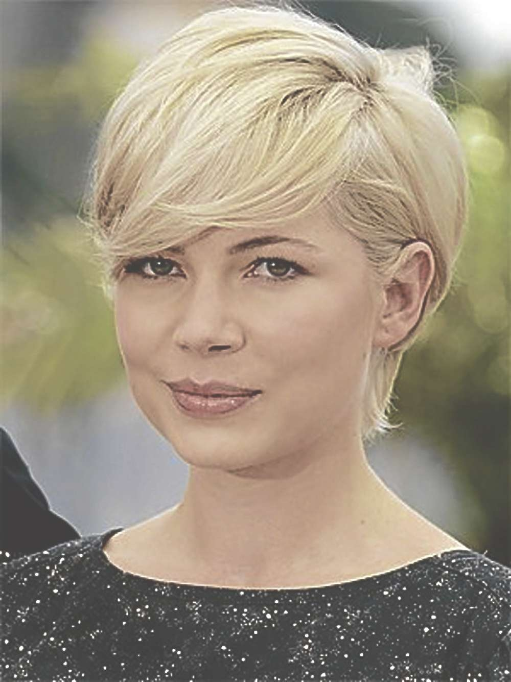 Our Favorite Short Haircuts For Women With Thick Hair - Women for Most Current Bob To Pixie Hairstyles
