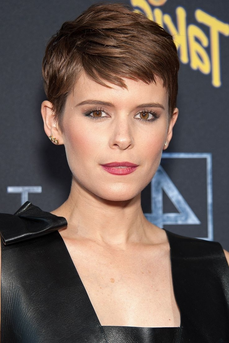 Popular Celebrity Short Haircuts - The UnderCut