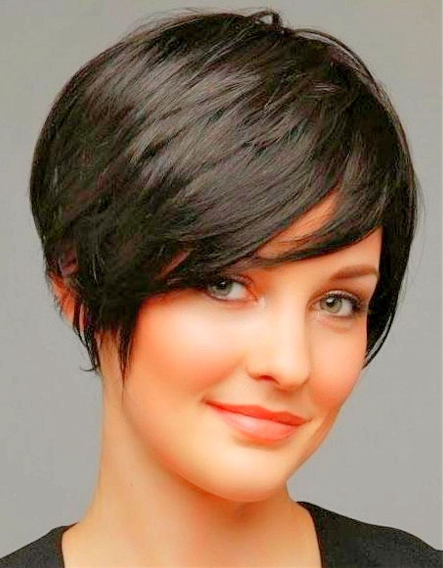 Featured Photo of Long Pixie Hairstyles For Round Faces