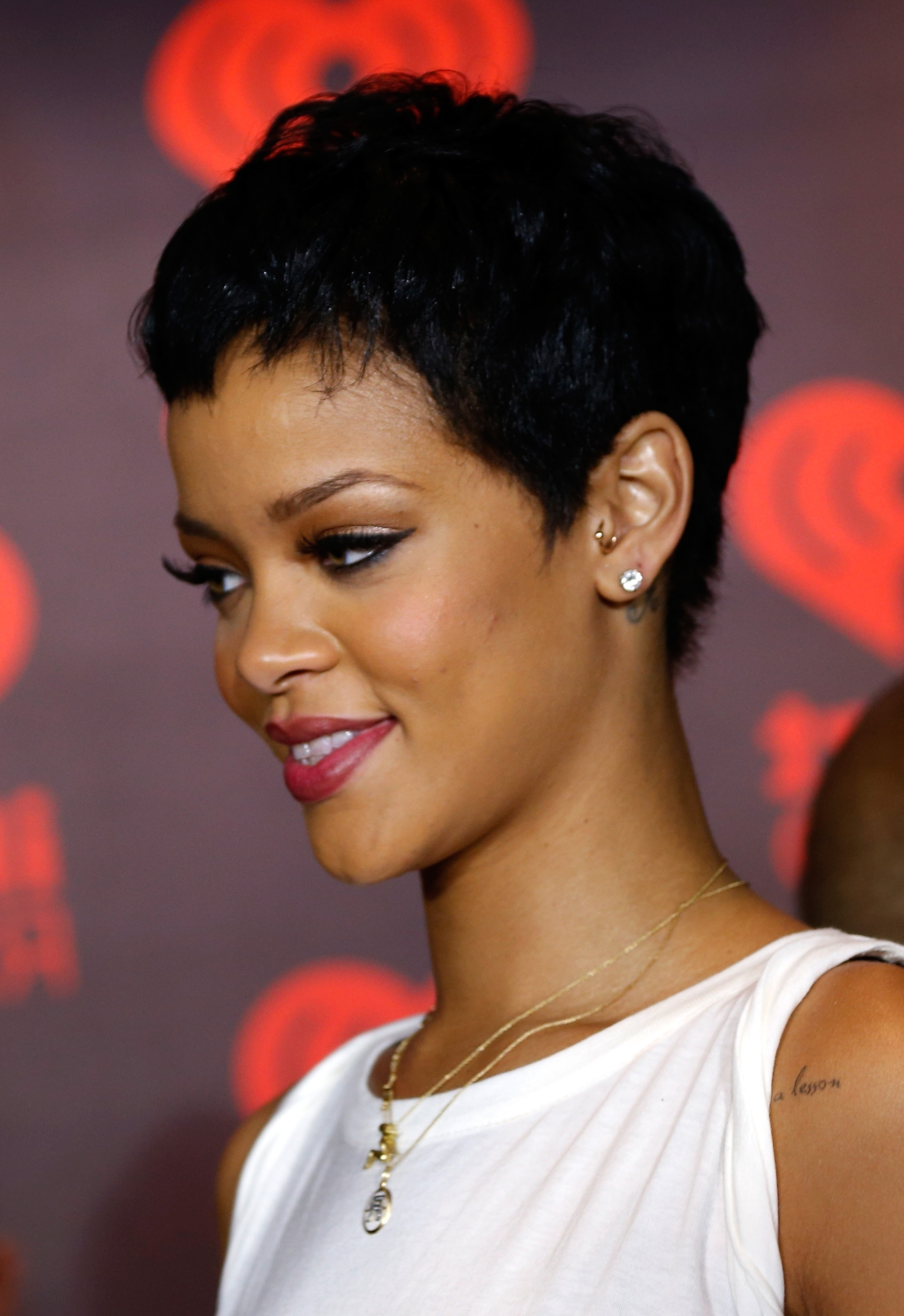 rehanna hair style rihanna haircut 2014 haircuts models ideas 4679