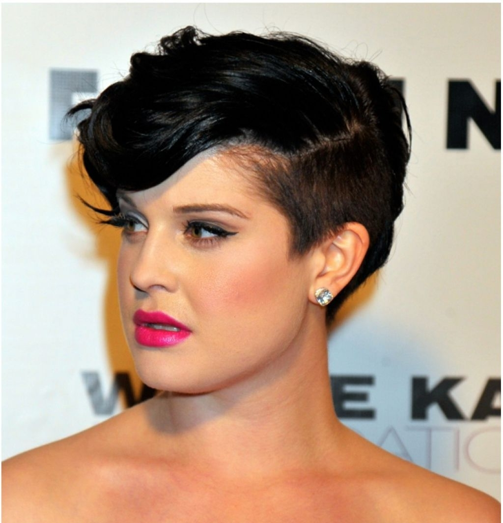 Some Inspiration Of Side Shaved Hairstyles In New Look , With In 2018 Buzzed Pixie Hairstyles (View 10 of 15)