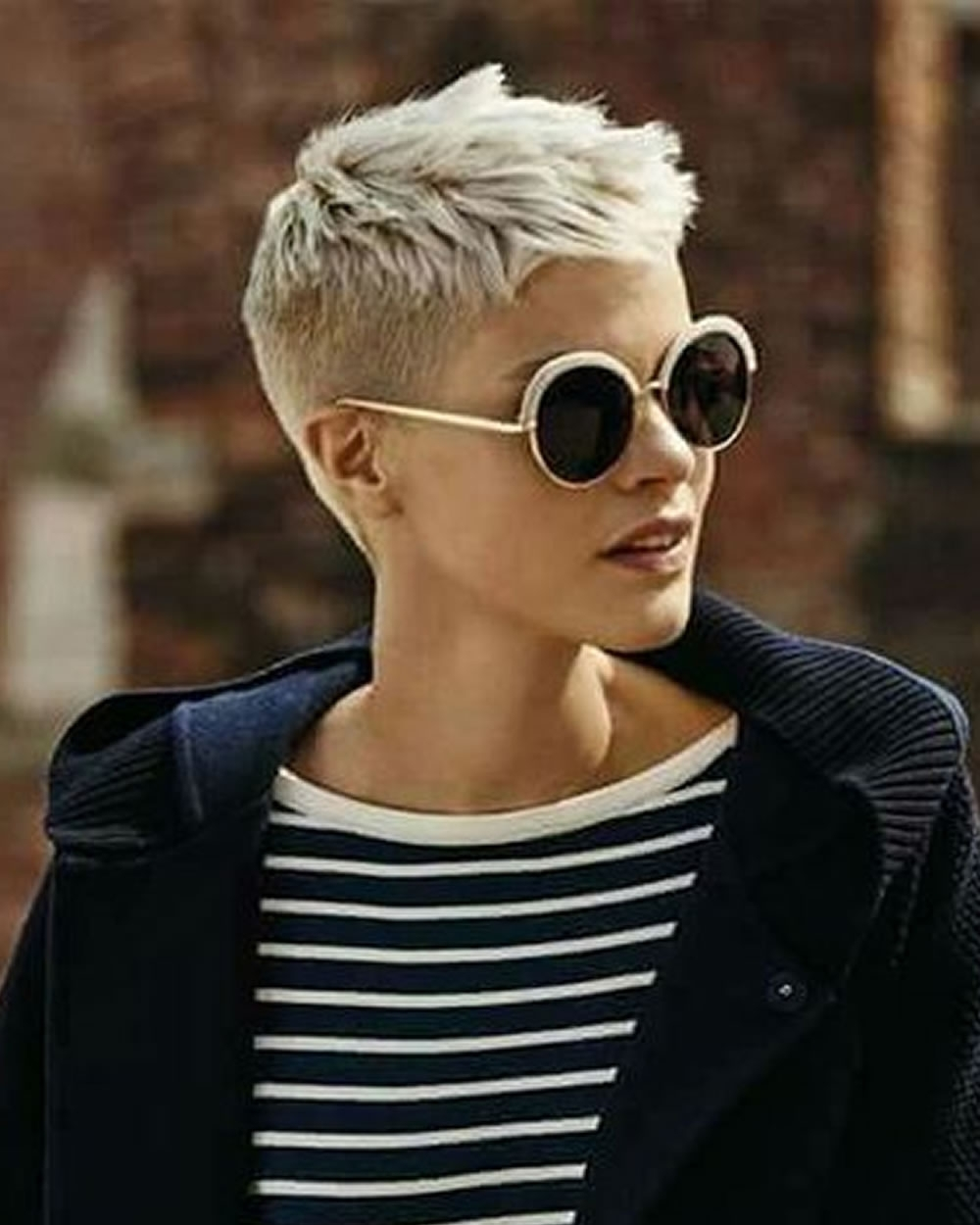 Super Very Short Pixie Haircuts & Hair Colors For 2018 2019 With Most Recent Pixie Hairstyles With Glasses (View 14 of 15)