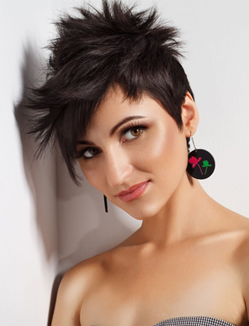 Trend Pixie Haircuts For Thick Hair 2018 2019 : 28 Terrific Pixie With Most Current Thick Hair Pixie Hairstyles (View 15 of 15)