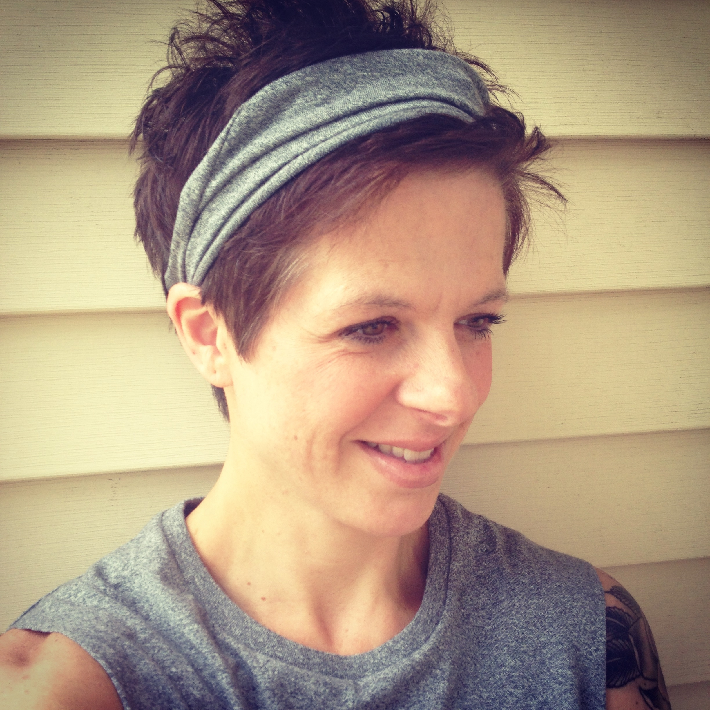 Yoga Headband Ideas For Short Hair : Trends For Girls & Womens In Most Recently Pixie Hairstyles With Headband (View 9 of 15)