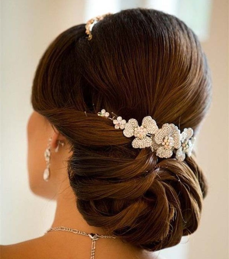 15 Wedding Hairstyles For Long Hair That Steal The Show For Most Recent Wedding Hair Updo Hairstyles (View 6 of 15)