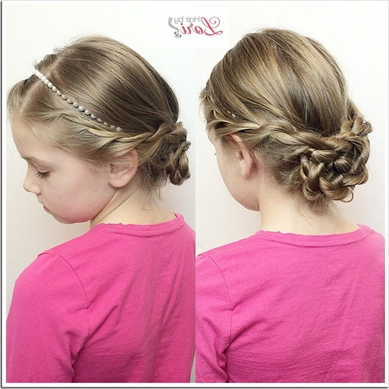 20 Easy Christmas Hairstyles For Little Girls Intended For Recent Updo Hairstyles For Little Girl With Short Hair (View 4 of 15)