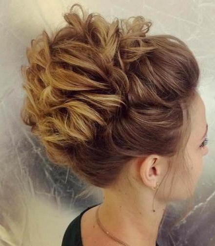 20 Eye Catching Hairstyles For Long Thin Hair With Newest Updos For Long Thin Hair (View 8 of 15)