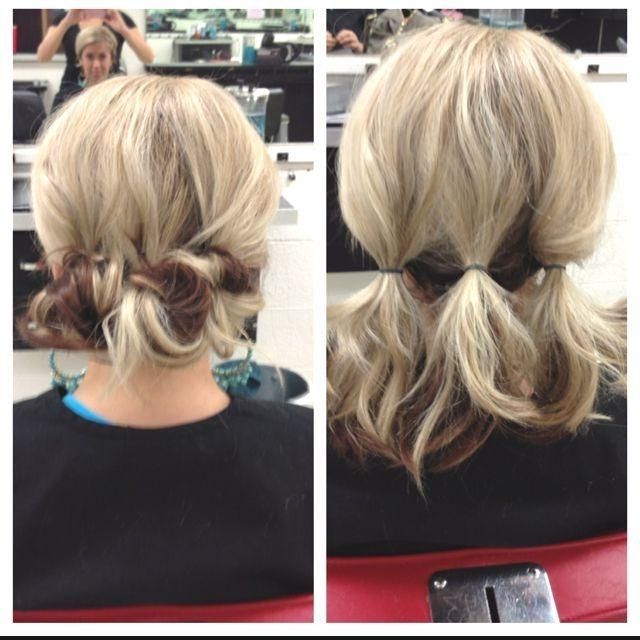 200 Penteados Incríveis Em Fotos Grandes Para Inspirar | Easy Updo Regarding Most Popular Cute Updo Hairstyles For Short Hair (View 6 of 15)