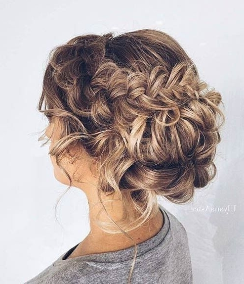 24 Lovely Medium Length Hairstyles For Fall Weddings With Current Messy Updos For Medium Length Hair (View 14 of 15)
