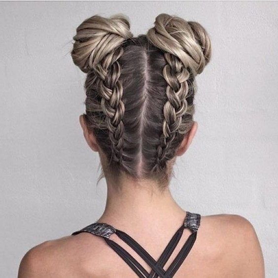 24 Quick And Easy Back To School Hairstyles For Teens | School Intended For Newest Updo Hairstyles For School (View 3 of 15)