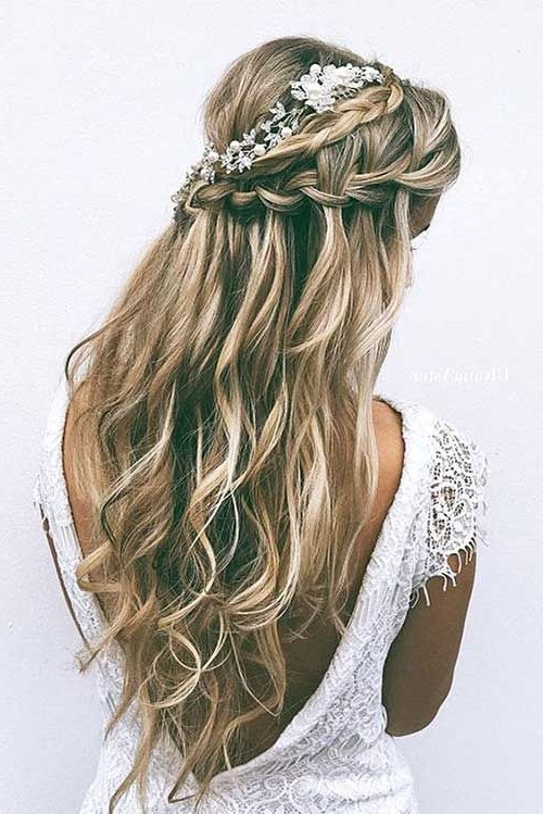 25 Elegant Half Updo Wedding Hairstyles | Half Updo, Updo And Elegant In Most Current Elegant Half Updo Hairstyles (View 2 of 15)