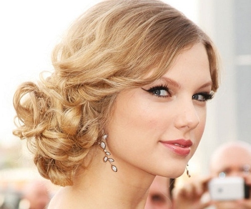 27 Beautiful Side Updo Hairstyles | Hairstylo For Best And Newest Side Updo Hairstyles (View 3 of 15)