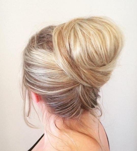 27 Super Trendy Updo Ideas For Medium Length Hair – Popular Haircuts Throughout Current Trendy Updo Hairstyles For Long Hair (View 12 of 15)