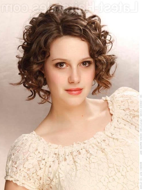 28 Gorgeous Medium Length Curly Hairstyles For Women In 2018 With Regard To Best And Newest Curly Updos For Medium Hair (View 3 of 15)
