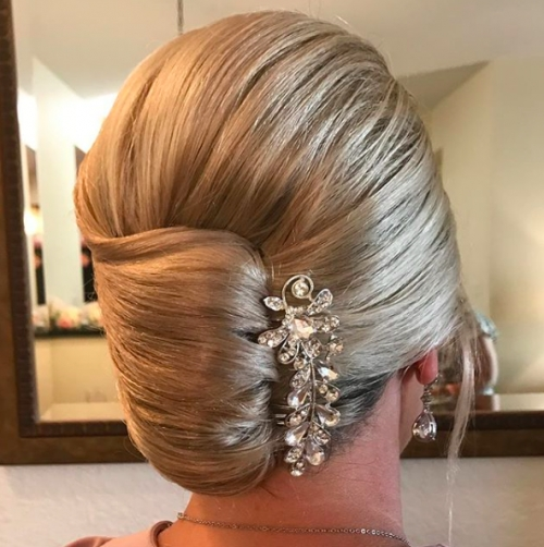30 Mother Of The Bride Hairstyles 2017 | Herinterest/ With Regard To Recent Mother Of The Bride Updos (View 3 of 15)