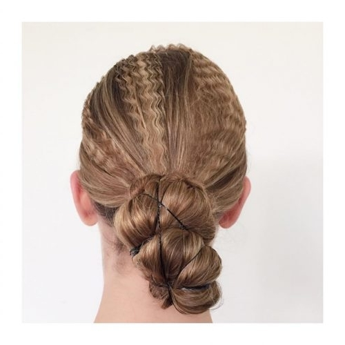 34 Easy Updos For Long Hair Trending For 2018 Inside Newest Updos For Long Hair (View 9 of 15)
