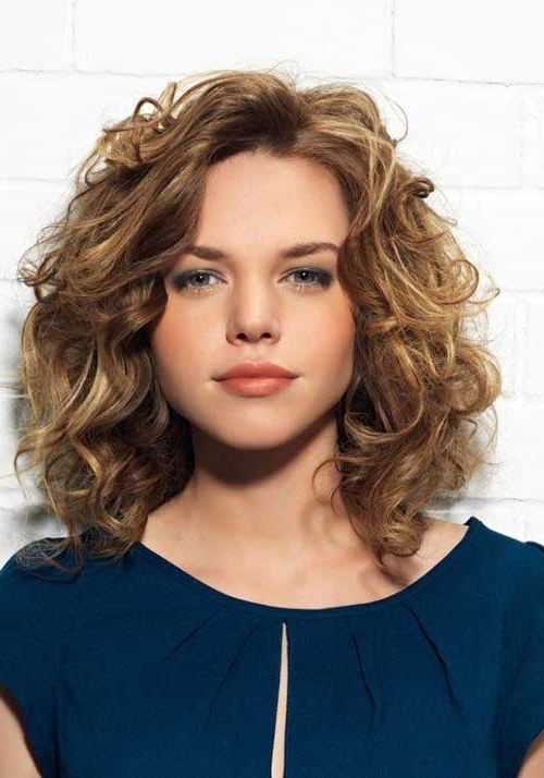 35 Medium Length Curly Hair Styles | Hairstyles & Haircuts 2016 – 2017 With Regard To 2018 Updos For Medium Length Curly Hair (View 14 of 15)