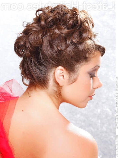 36 Curly Updos For Curly Hair (See These Cute Ideas For 2018) With Newest Curly Updo Hairstyles (View 5 of 15)