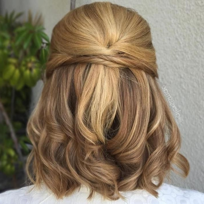 40 Diverse Homecoming Hairstyles For Short, Medium And Long Hair Inside 2018 Partial Updos For Medium Hair (View 5 of 15)