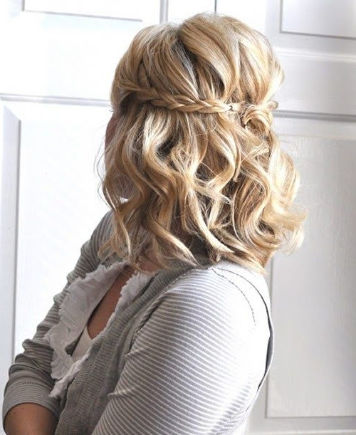 40 Diverse Homecoming Hairstyles For Short, Medium And Long Hair Pertaining To Current Homecoming Updos For Medium Length Hair (View 3 of 15)