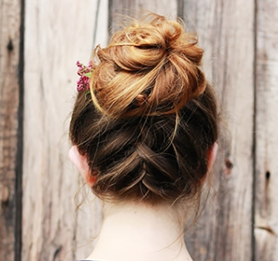 40 Quick And Easy Updos For Medium Hair Intended For Most Popular Easy Braided Updos For Medium Hair (View 6 of 15)