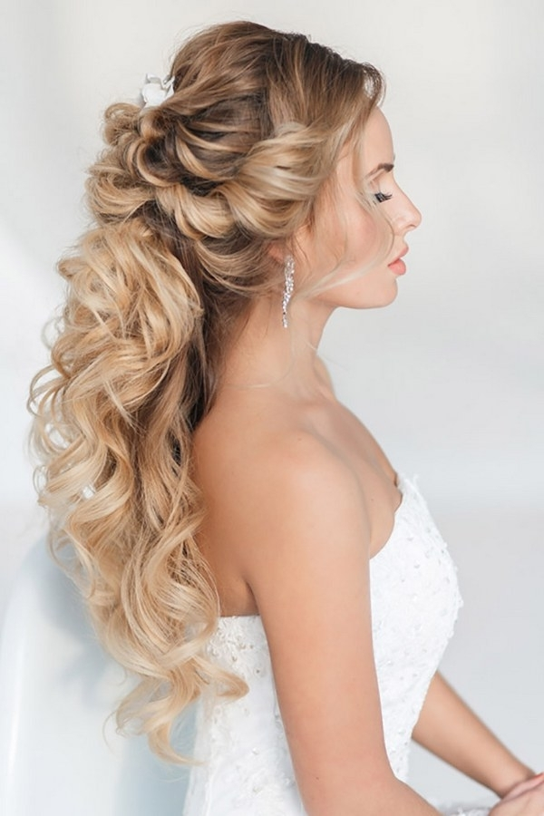40 Stunning Half Up Half Down Wedding Hairstyles With Tutorial For Best And Newest Wedding Half Updo Hairstyles (View 10 of 15)
