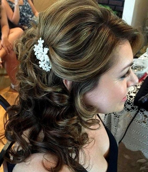 Featured Photo of Half Updos For Mother Of The Bride