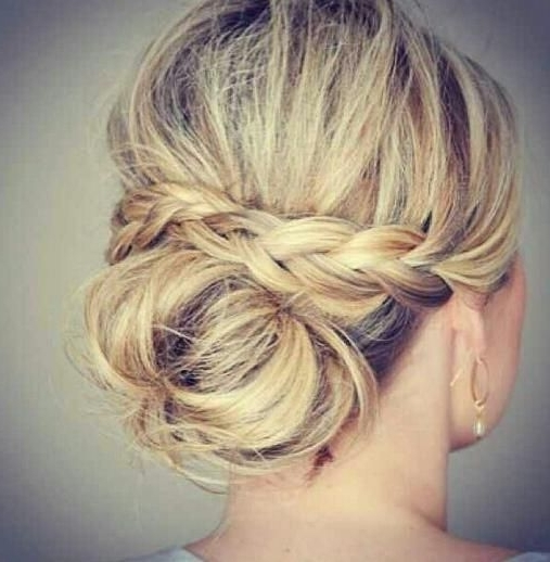 60 Updos For Thin Hair That Score Maximum Style Point | Thin Hair Pertaining To 2018 Messy Updo Hairstyles For Thin Hair (View 2 of 15)