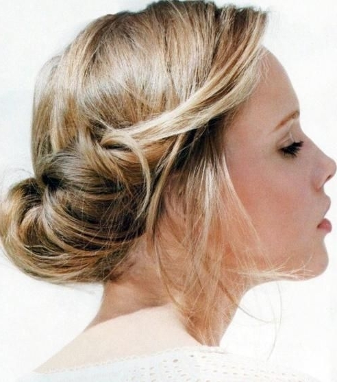 Cute Easy Summer Updo Hairstyles Cute Easy Updos For Medium Hair In Most Popular Casual Updo Hairstyles For Long Hair (View 2 of 15)