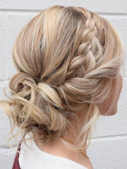 Easy Messy Updos Hairstyles 2018 Ideas For Women | Fashionsfield Inside Most Popular Messy Updo Hairstyles (View 5 of 15)