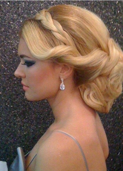 Featured Photo of Finger Waves Long Hair Updo Hairstyles