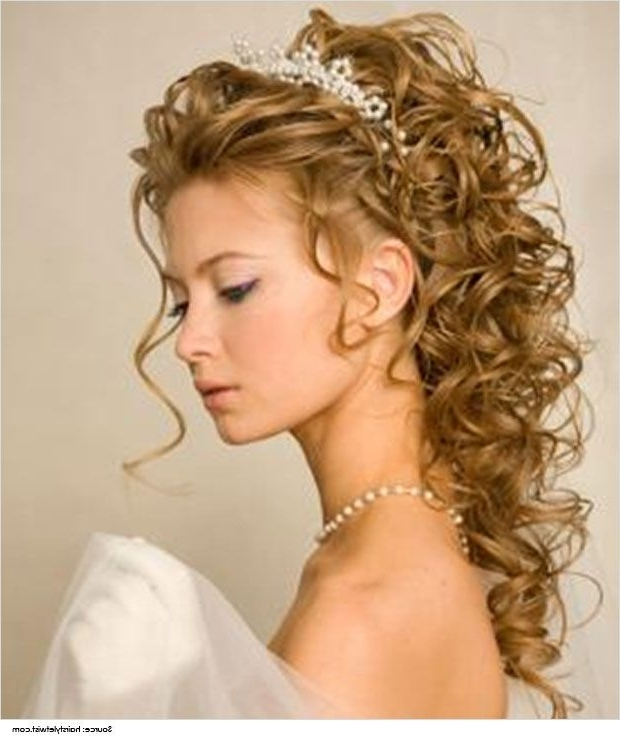 Hairstyles For Strapless Dresses Partial Updo Hair Style | Wedding With Newest Updo Hairstyles For Strapless Dress (View 8 of 15)