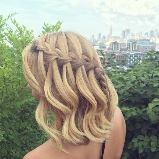 Half Up Down Hairstyles Medium Length Hair With Braid – Hairstyles With Most Recent Half Updos For Shoulder Length Hair (View 8 of 15)