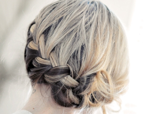 Head Gentle Curve This Formal Updo Hairstyle For Short Hair   Medium With Regard To Best And Newest Cute Short Hair Updos (View 10 of 15)